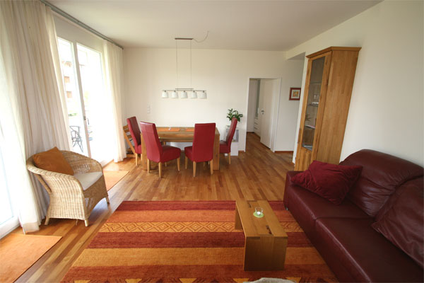 vauban familie 64 qm ferienwohnungen freiburg vauban. Black Bedroom Furniture Sets. Home Design Ideas